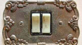Как поменять выключатель с двумя кнопками