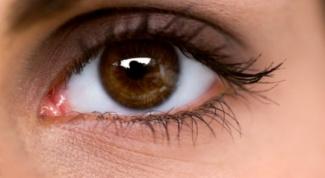 How to whiten the whites of the eyes