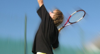 How to choose a racket for the big tennis