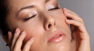 Как избавиться от черных точек на коже