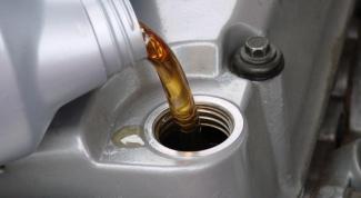 Как заменить моторное масло