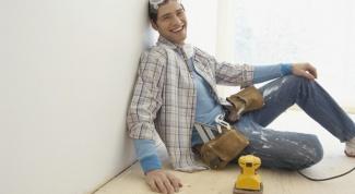 Как наносить шпатлевку на стены