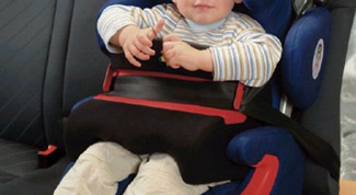 Как закрепить детское автокресло