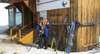 Как мазать лыжи парафином