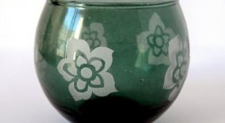 Как украсить стеклянную вазу