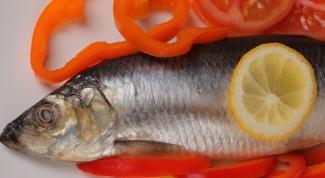 Как вывести запах от рыбы с одежды