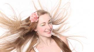 Как покрасить пряди волос