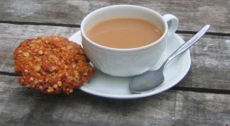 How to brew tea in milk