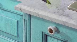 Как обновить старую кухонную мебель