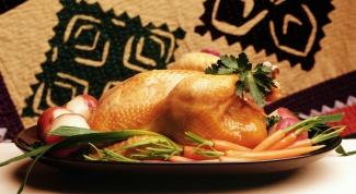 Как запекать курицу в микроволновке