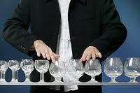 Как играть на бокалах
