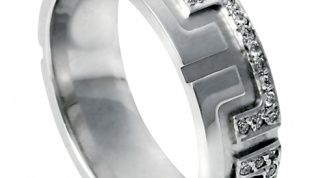 How to identify white gold