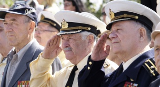 How to draw a military pension