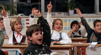 Как записать ребенка в первый класс в 2017 году