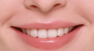 Как лечить болячку на губах