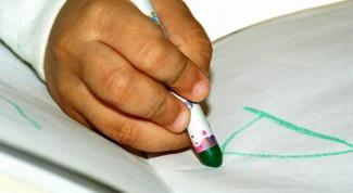 Как подготовить руку ребенка к письму