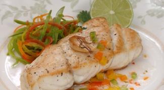 Как приготовить рыбу с овощами в микроволновке