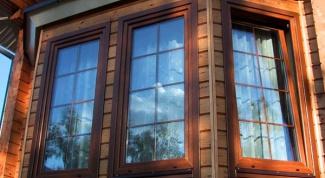 Как установить ПВХ окно в деревянном доме