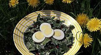 Как приготовить салат с листьями одуванчика