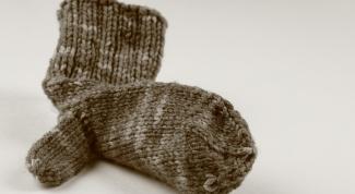 Как вязать рукавицы спицами