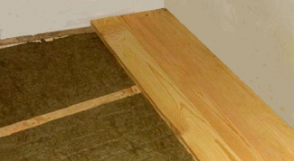 How to insulate the floor in the apartment on the first floor