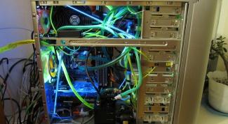 Как снять крышку системного блока