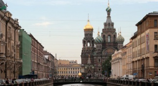 How to obtain housing in St. Petersburg