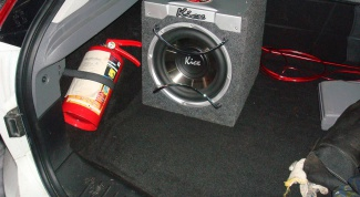 Как подключить автомобильный активный сабвуфер