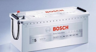 How to charge a car battery Bosch