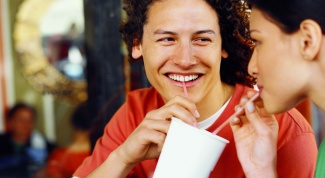 Как узнать, влюбился в тебя мужчина или нет