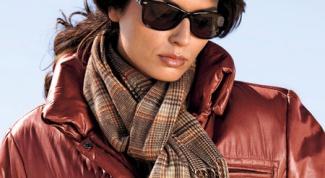 Как завязать узлом шарф