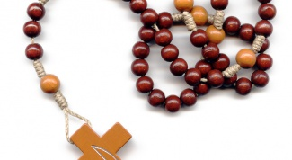 How to use a rosary