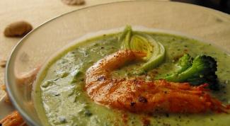Как сварить суп с креветками и капустой брокколи