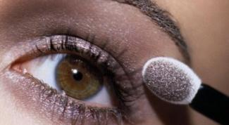 Как накладывать тени на глаза