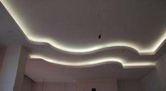 Как установить подсветку потолка