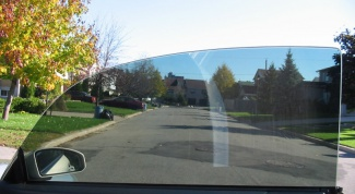 How to remove glue from tint