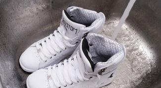 Как мыть кроссовки