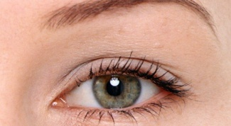 How to paint grey-green eyes