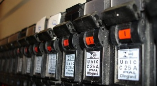 How to choose automatic current