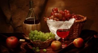 Как приготовить домашнее полусладкое вино