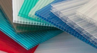 How to mount the polycarbonate