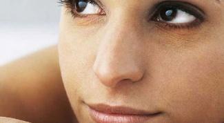 Почему синяки под глазами