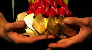 Как почистить медаль