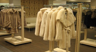 How to choose a fur coat on the market