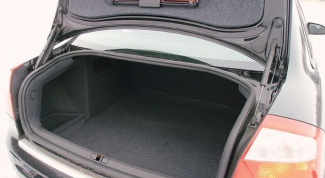 How to open the trunk if the lock is broken