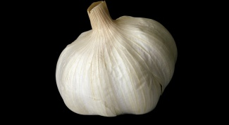 How to get the smell of garlic