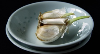 How to cook garlic sprouts