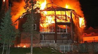 Как восстановить сгоревший дом