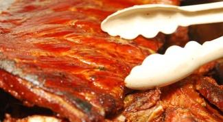 Как замариновать свиные ребра
