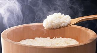 Как варить рис для крабового салата